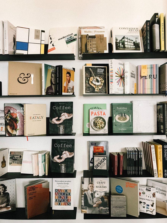 book-bindings-bookcase-books-2067569